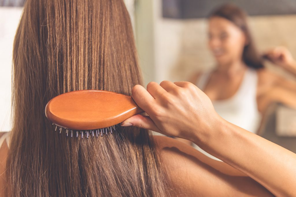 Choose Right Hairbrush and prevent hair loss